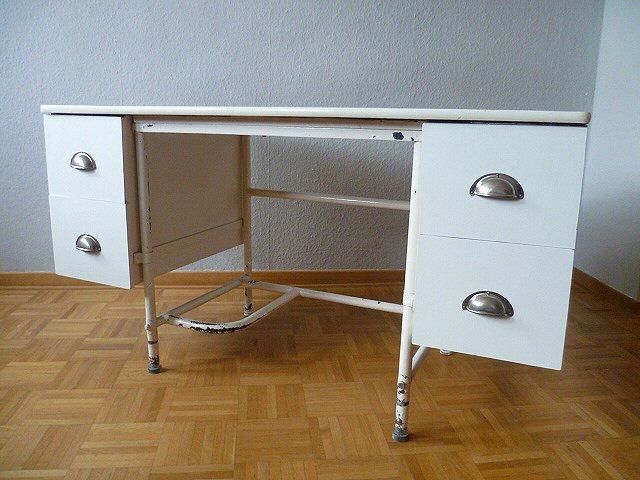 Stylischer arzt schreibtisch arzttisch tisch table desk for Schreibtisch 40er